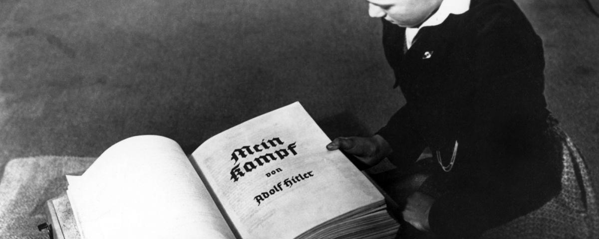 A 2016-ban megjelent német kritikai kiadás borítója (kép forrása: zerohedge.com)
